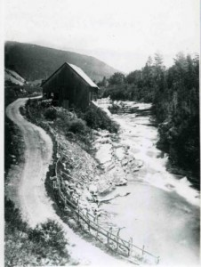 Historical photo of J.E. Henry's mill on the Lower Falls of the Ammonoosuc River